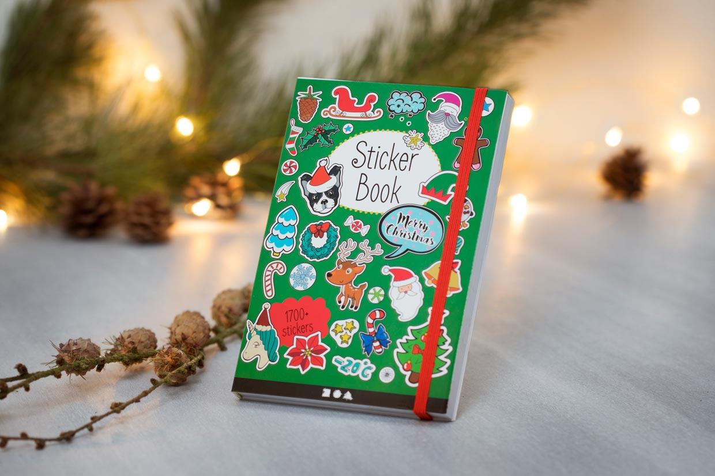 Bok med stickers - julmotiv