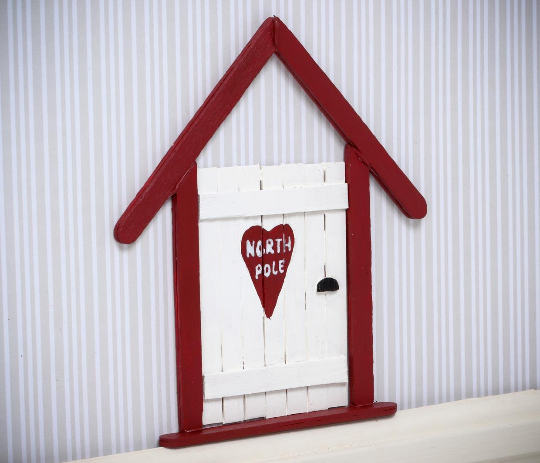 Tomtenissens dörr gjord av glasspinnar