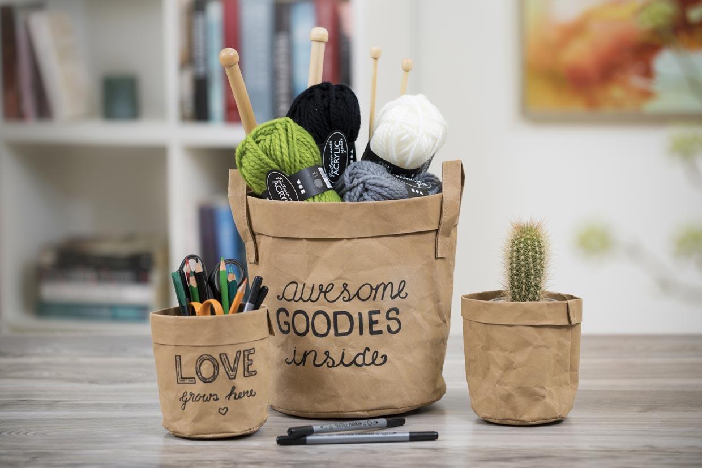 Kreativ boliginnredning, lærpapir: Deko på oppbevaringspose i lærpapir