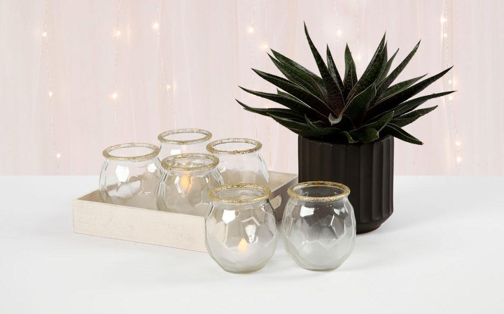 Bryllupspynt: Frostede lysglas med guldkant