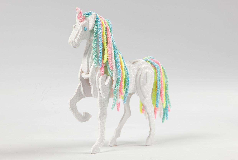 Foam Clay: Häst förvandlad till enhörning