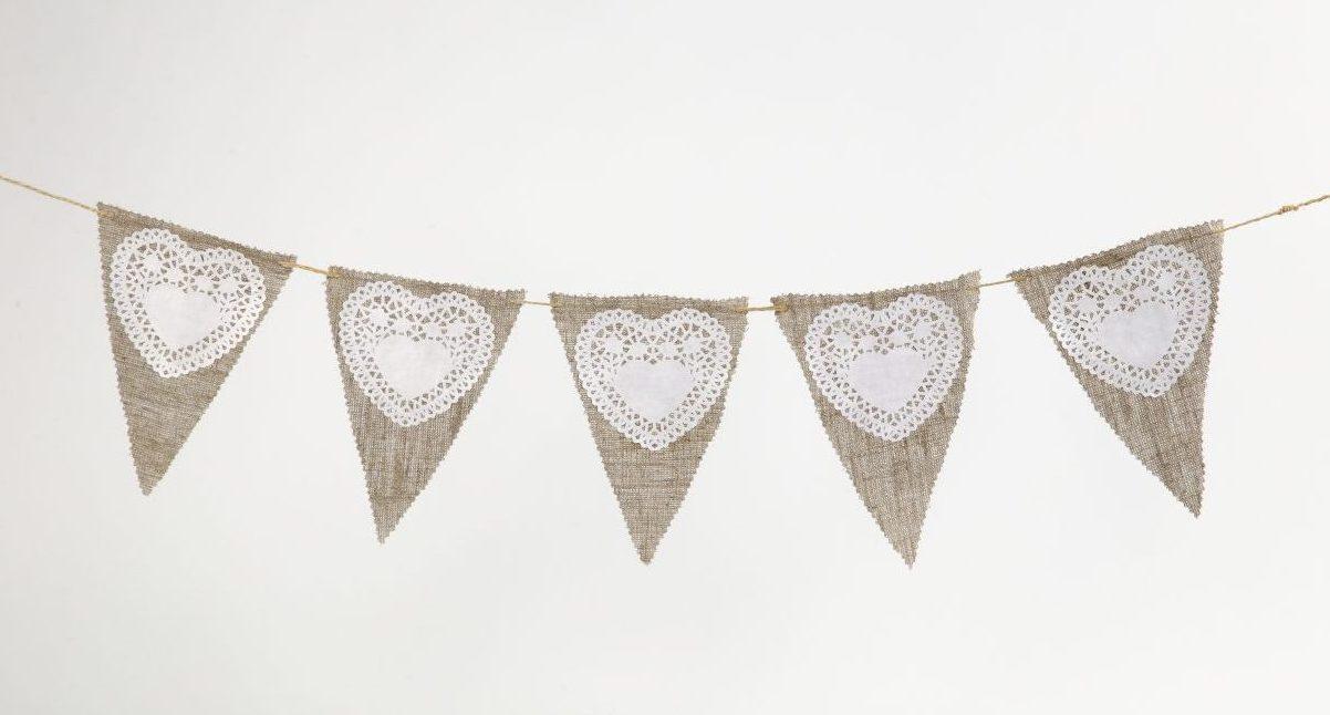 Bryllup: Flagranke af hør og papirblonder
