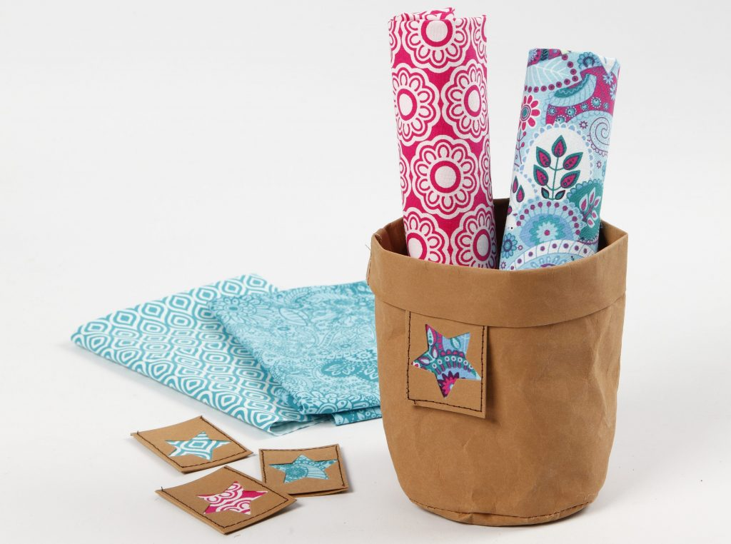 Læderpapir pose med tag og patchwork stof