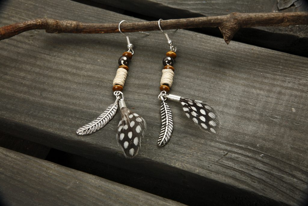 DIY sieraden maken oorbellen op franse oorbelhaak
