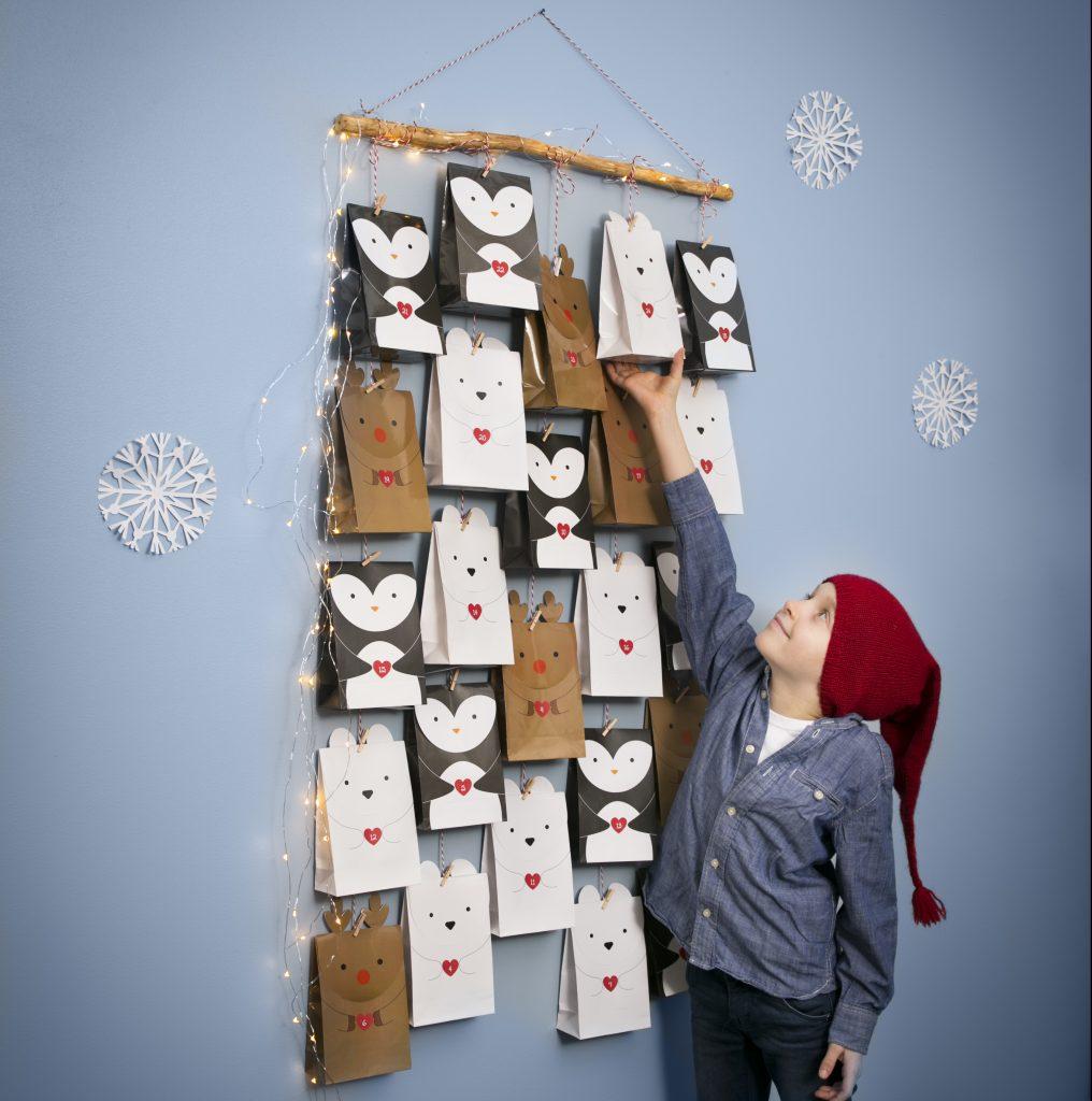 Pakkekalender til jul - kreativ indpakning af kalendergaver med polar tema