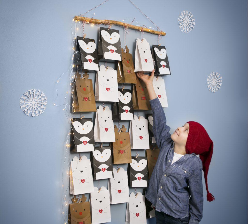 Pakkekalender til jul - kreativ innpakning av kalendergaver med polar tema