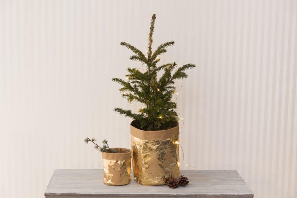 Hemmagjorda juldekorationer av läderpapper till din jul 2018