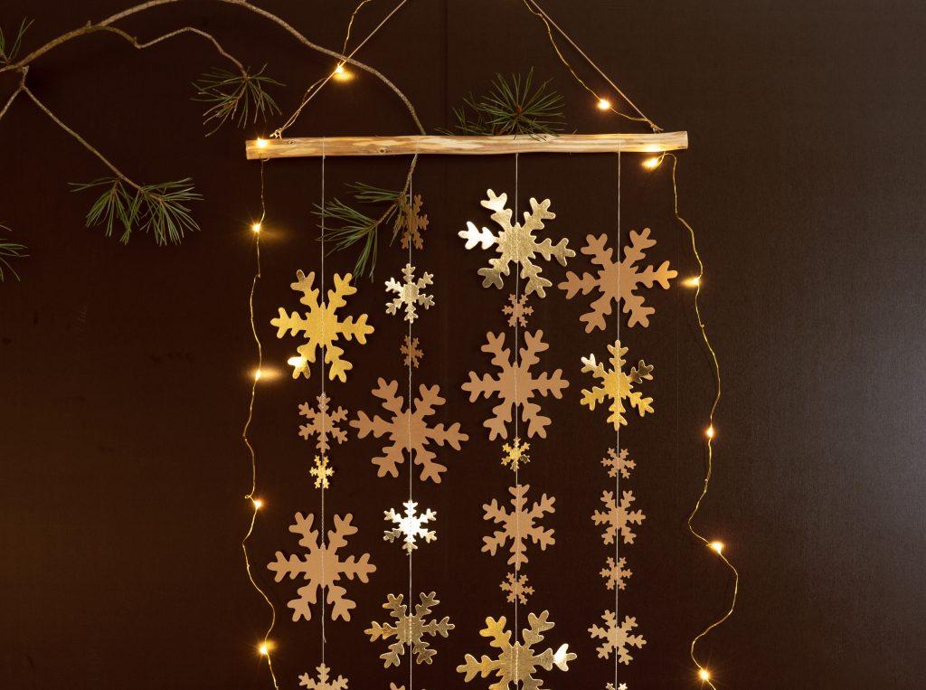 Hemmagjorda juldekoration av läderpapper till din jul 2018