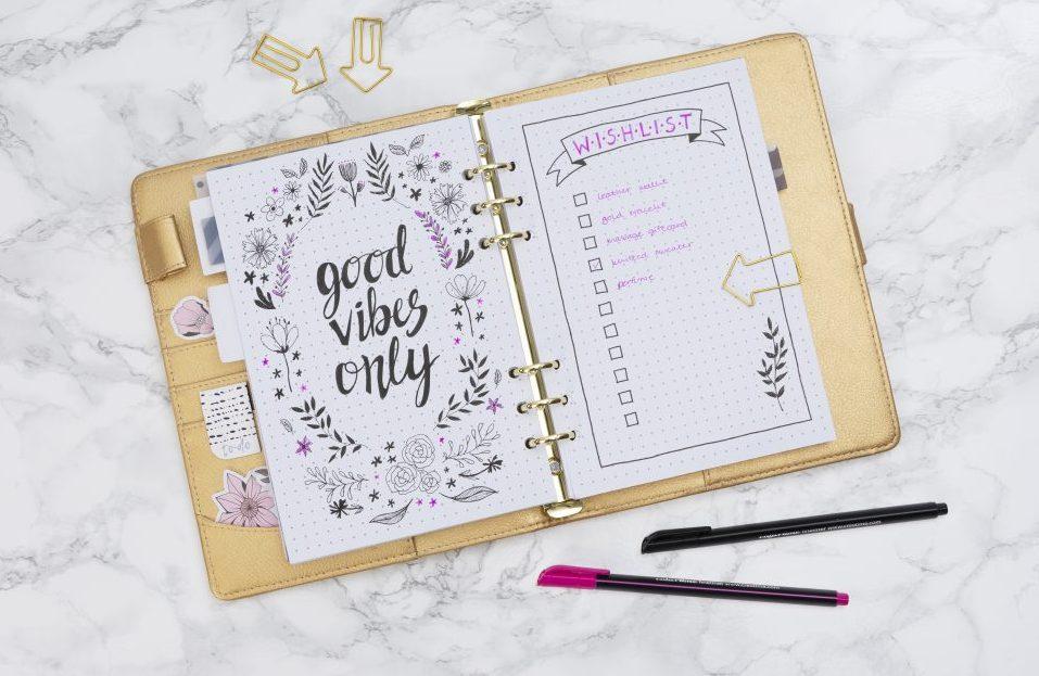 Lav selv en bullet journal og planner med ønskeliste - find inspiration og idéer her