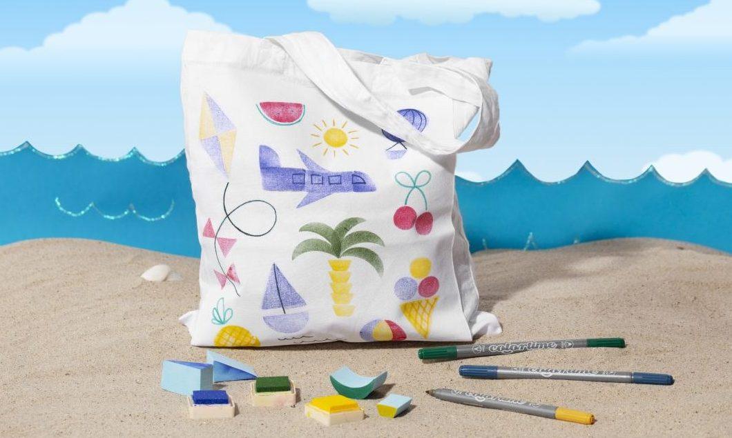 Sjov og kreativ ferie med børn - stempeltryk på tekstil lav selv mulepose