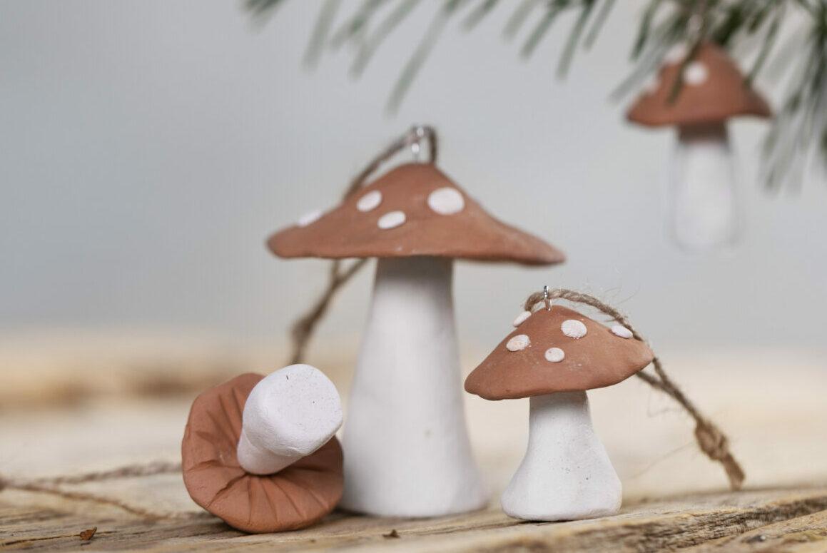 lav selv julepynt med selvhærdende ler - svampe