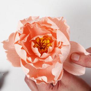 lav selv blomster af crepepapir